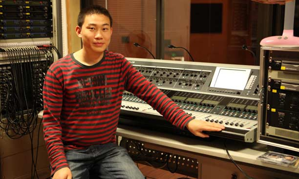 FOH engineer, Zhong Fangqiang