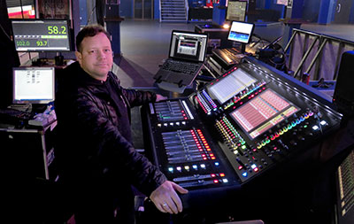 FOH engineer, Ben Dexter