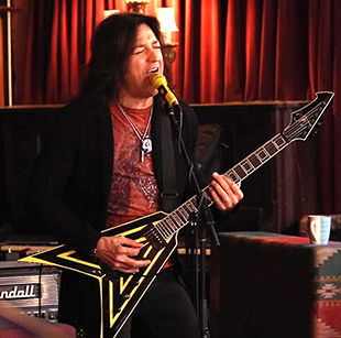 Stryper's Michael Sweet with M80 dynamic mic